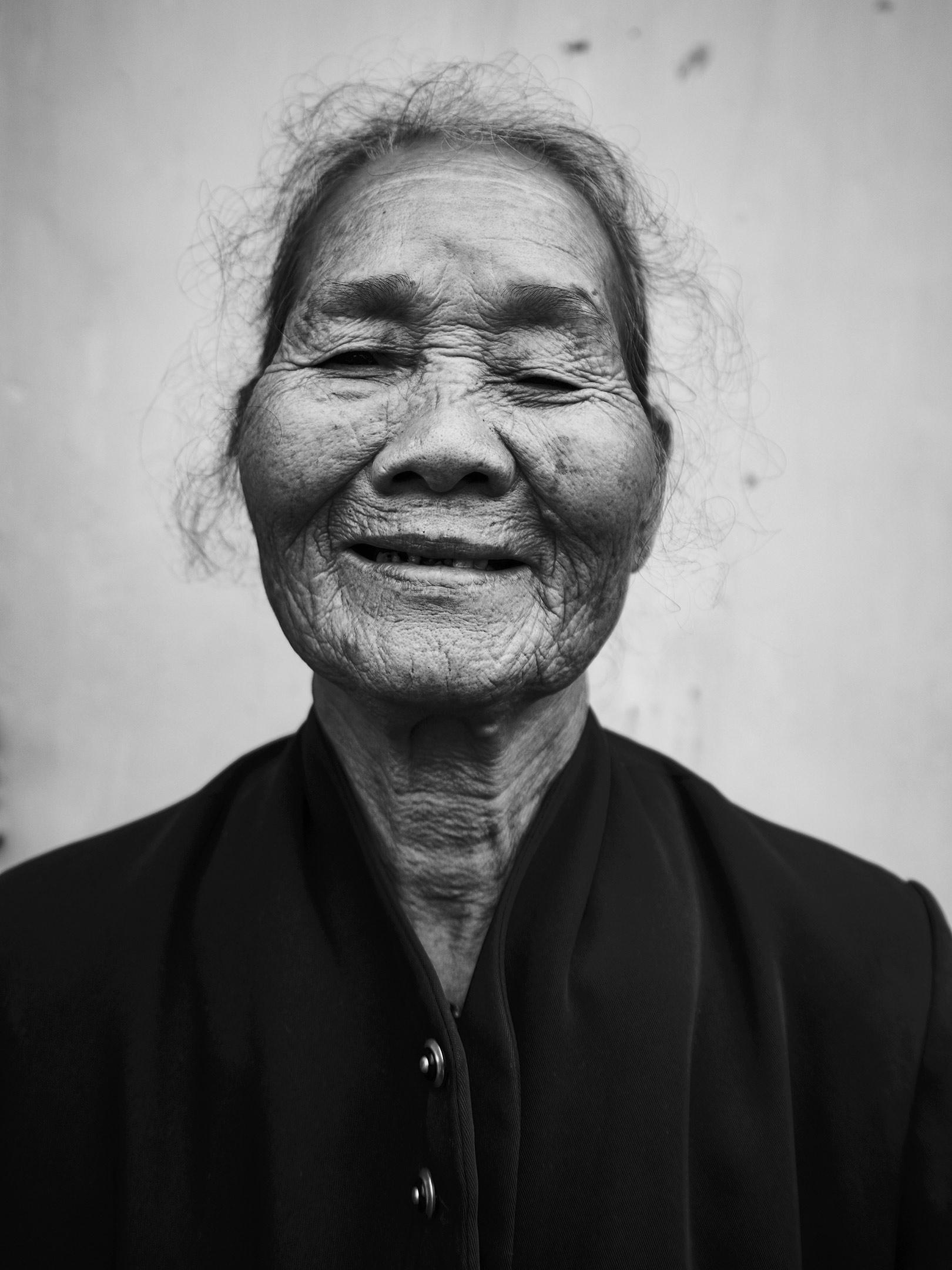 2016_02-vietnam-3302cover